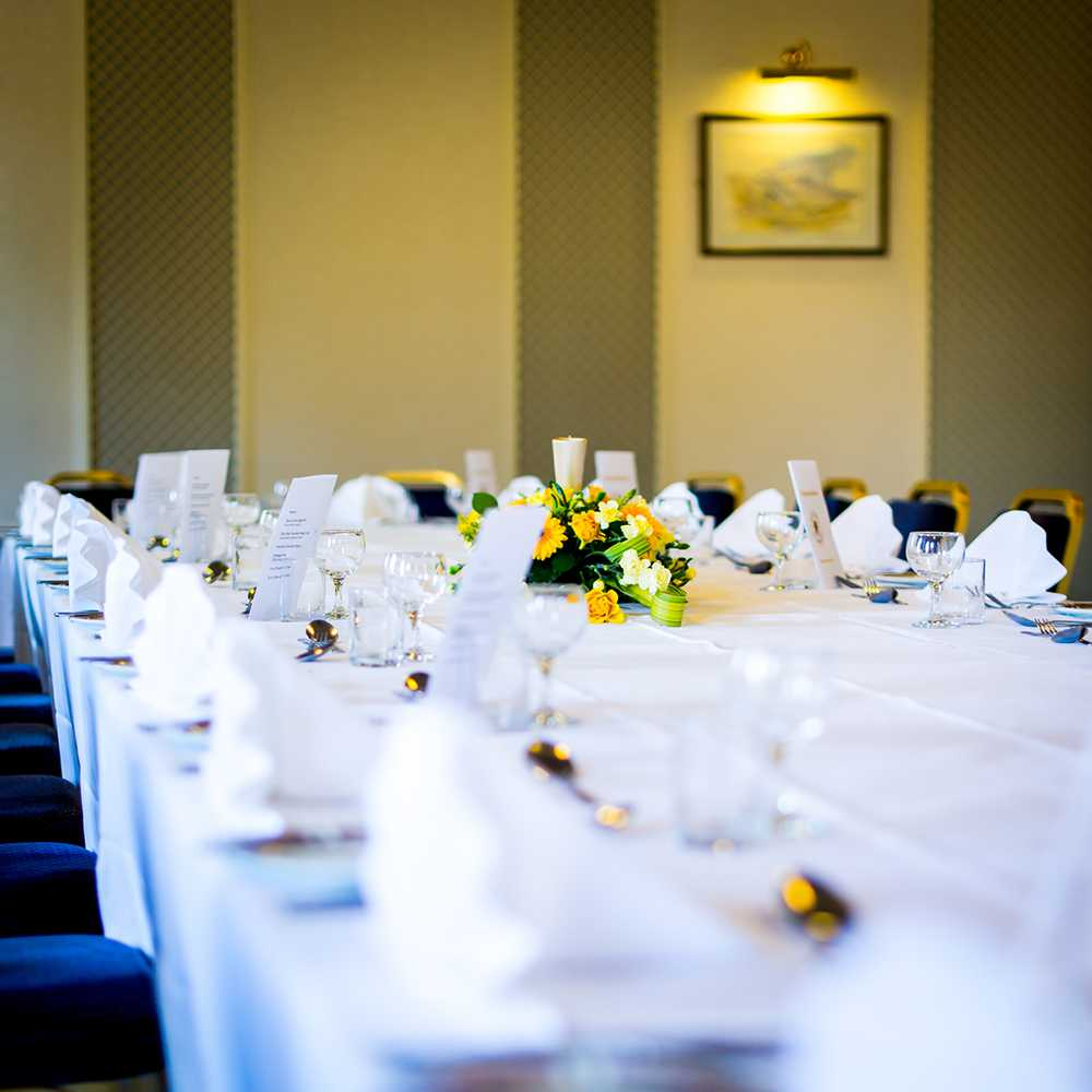 Private Dining Flowers